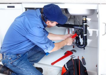 what-to-do-when-your-apartment-has-maintenance-issues_1279_519312_0_14082266_500